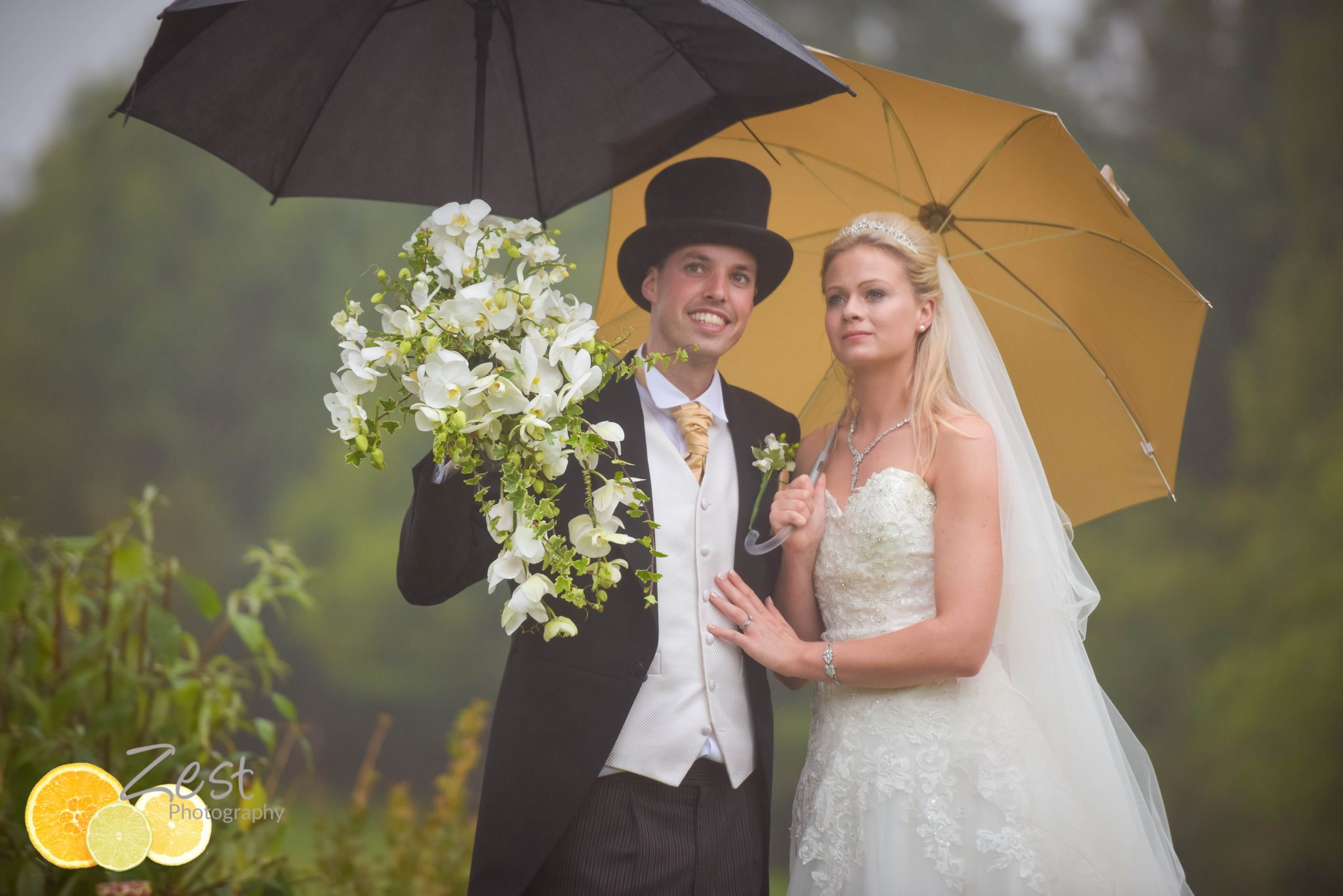 wet wedding at ockenden manor