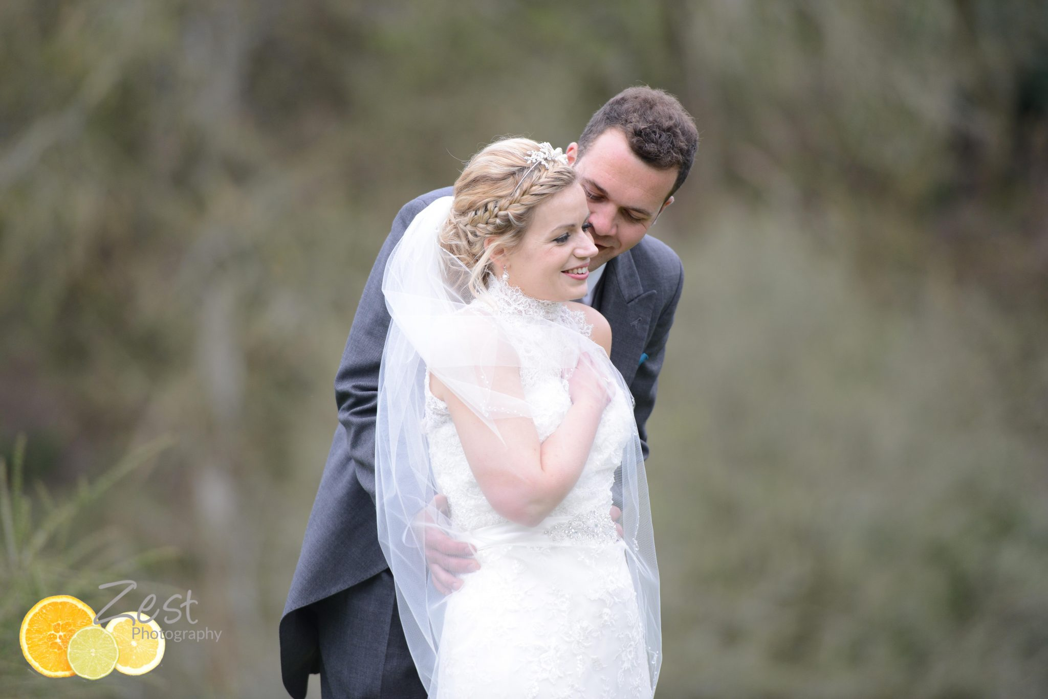 langrish house wedding couple in the gardens
